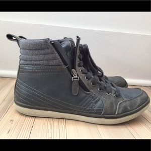 Kenneth Cole Reaction Think Big High Top Sneaker